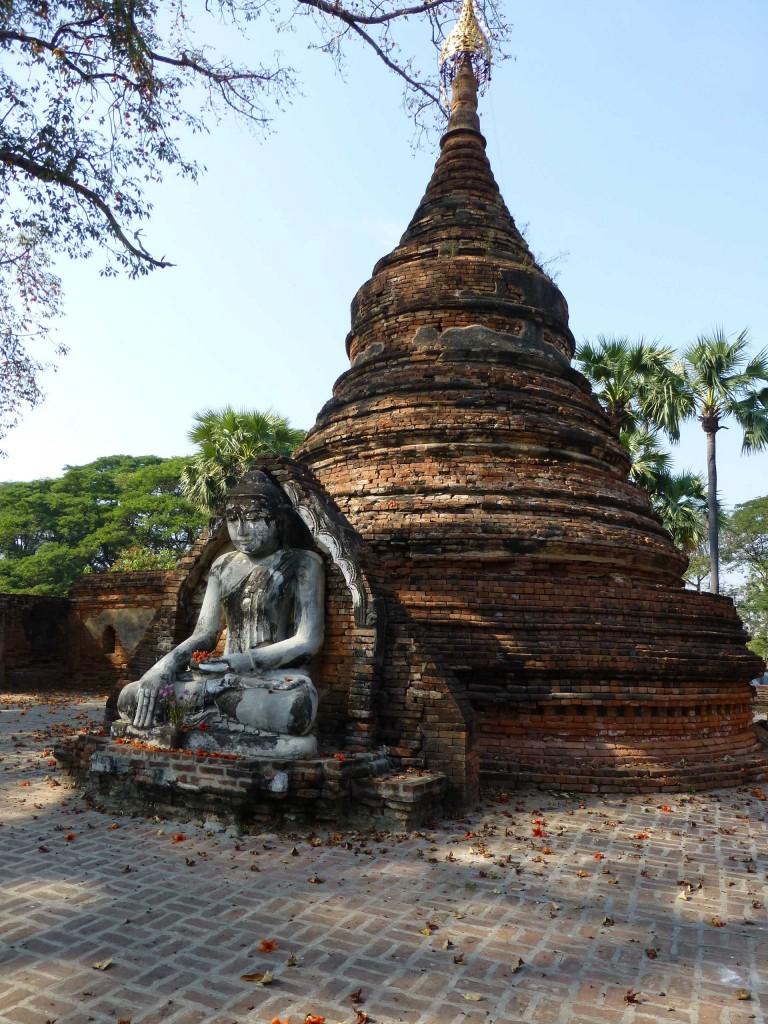 Пагода из кирпича