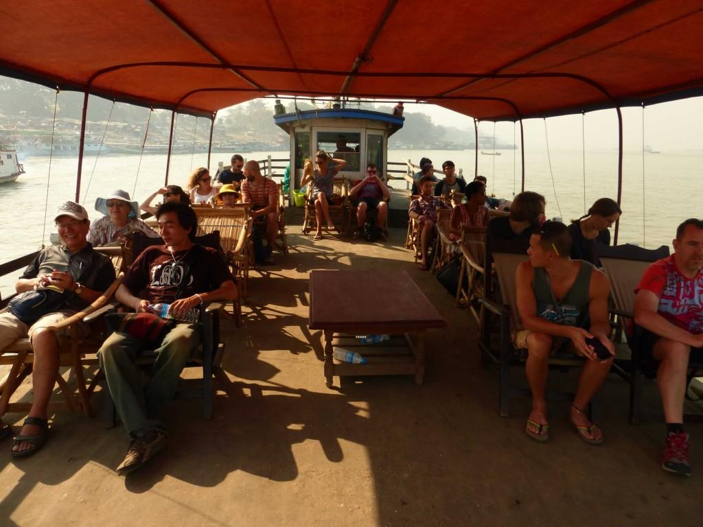 Плывем в Мингун