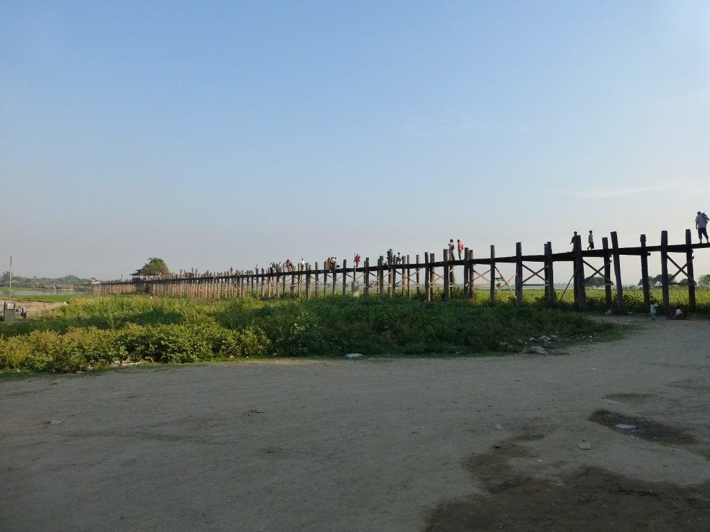 Мост Убэйн