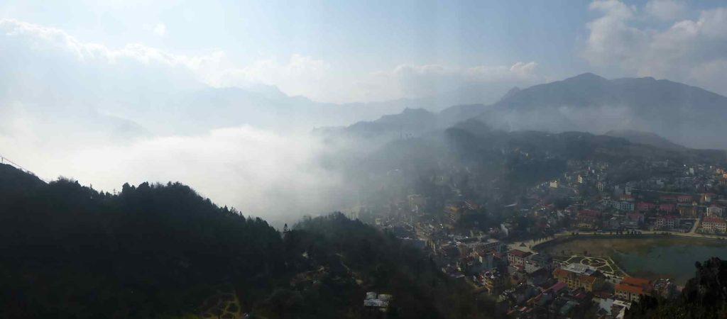 Вид с горы на Сапу