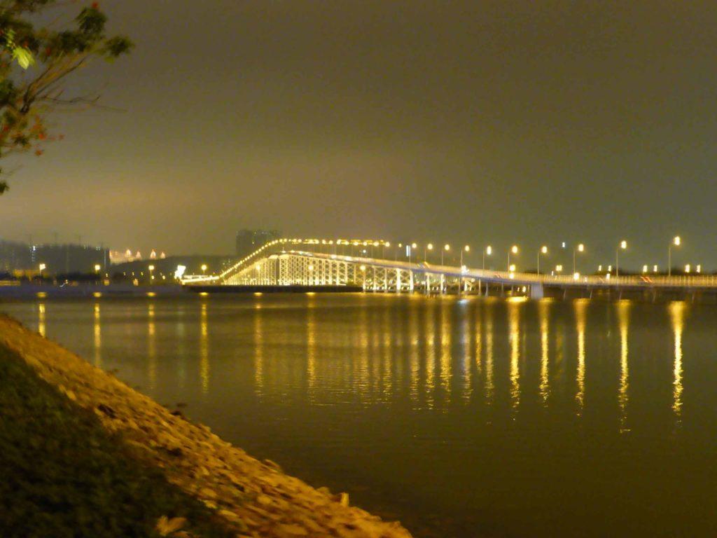 Вид на мост на о.Тайпа