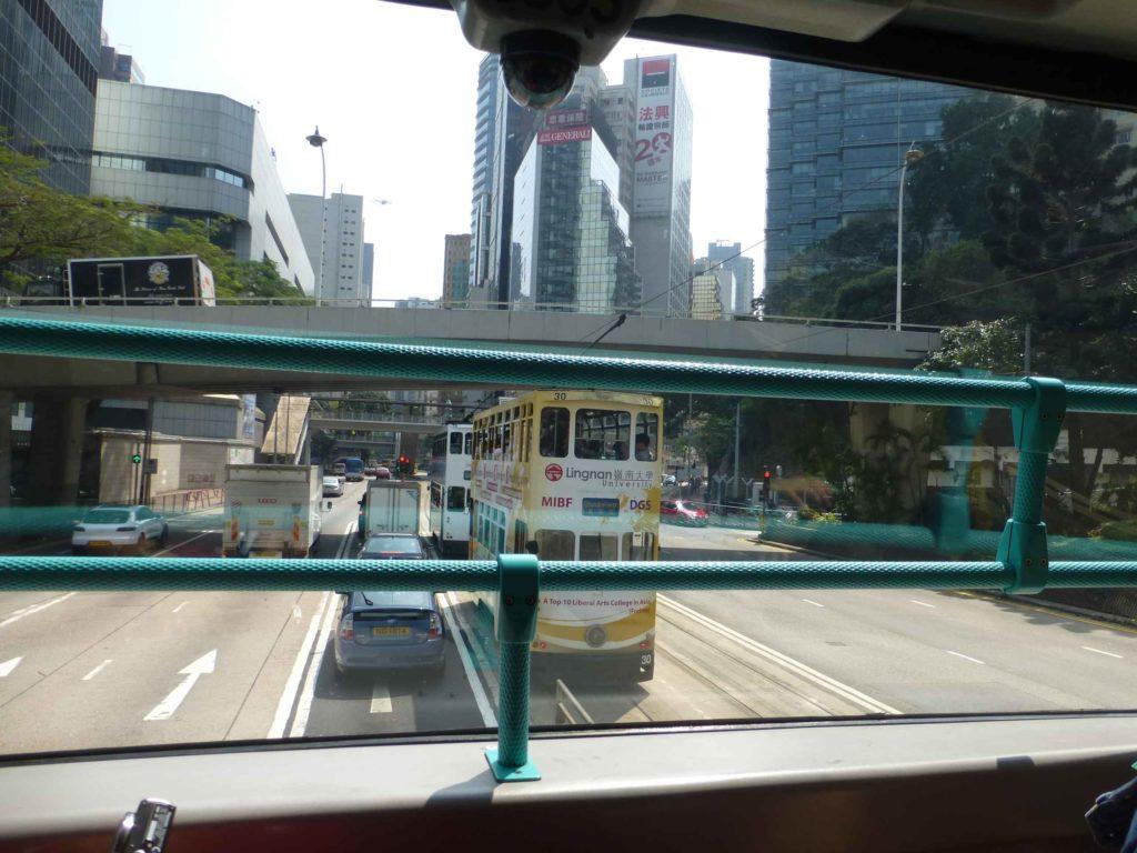 Вид из автобуса на остров Гонконг