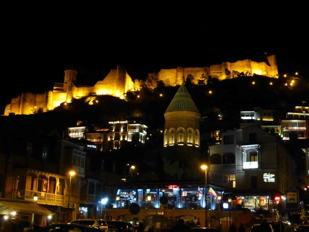 Ночной Тбилиси, вид на крепость Нарикала