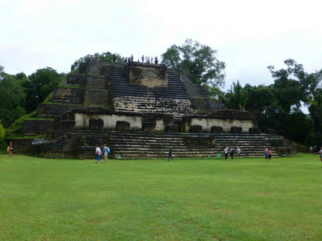 Главный храм Алтун-Ха