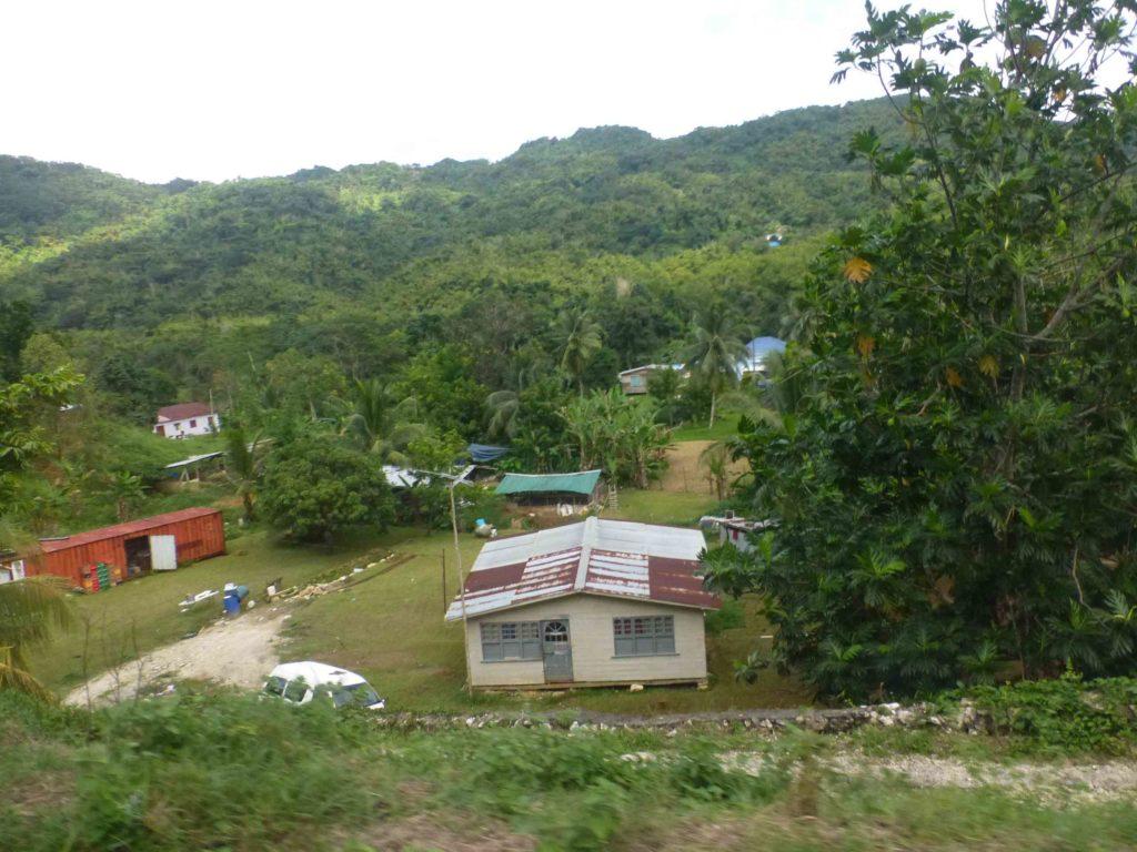 Местные домики на Ямайке