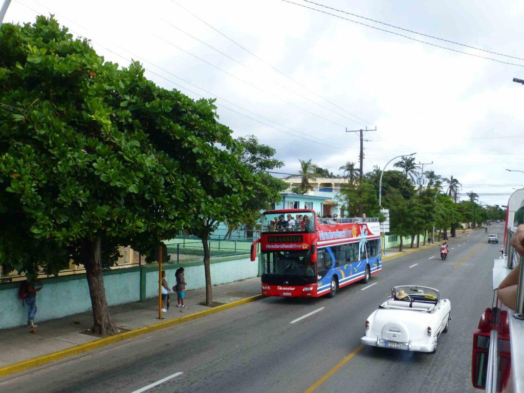 """Туристический автобус """"Hop-on-Hop-off"""""""
