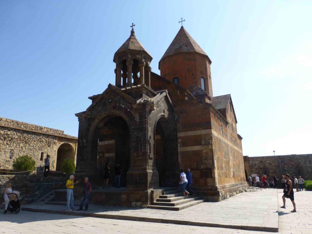 Храм в монастыре Хор Вирап