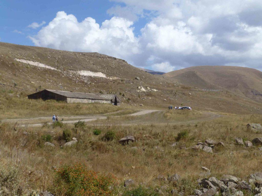 Караван-сарай и перевал
