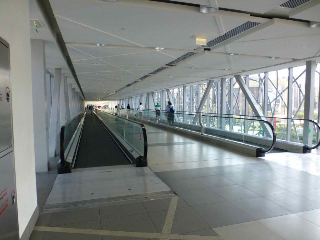 Переход к метро